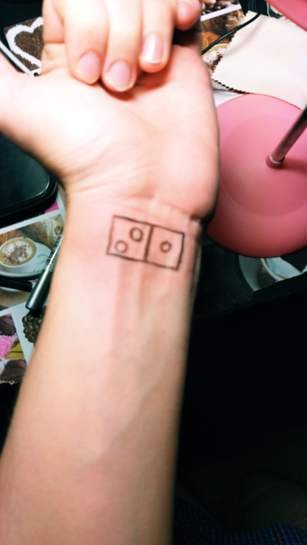134985-SyAUS.jpg