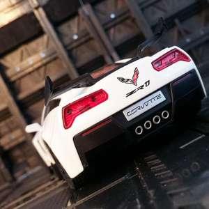 Модель Chevrolet Corvette, 1:32