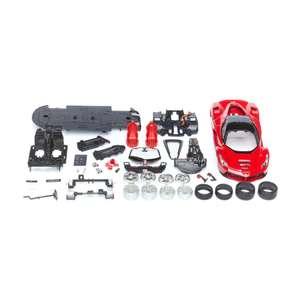 Сборная машинка Maisto - Ferrari LaFerrari, масштаб 1:24 (полностью разбирается, металл, 40 элементов)