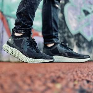 Акции Adidas 20%-30% (от 2-3 вещей). Пример: женские кроссовки Adidas Alphaedge 4K