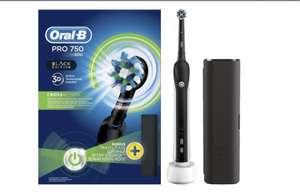 Электрическая зубная щетка Braun Oral-B 750