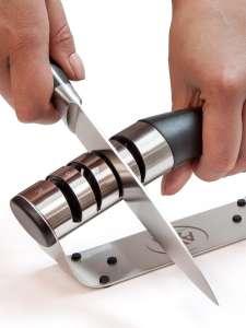 Точилка для ножей и ножниц AxWild
