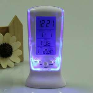 Часы с календарем, термометром и будильником за 178р. (2,99$) по коду GMGYB1 + доставка бесплатно.