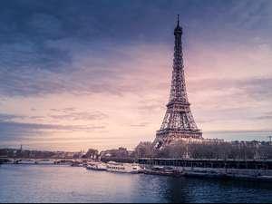 Билет на самолёт из Москвы в Париж (АЭРОФЛОТ или AIRFRANCE)