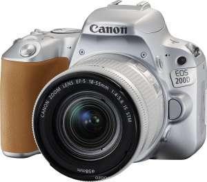 Зеркальный фотоаппарат Canon 200d