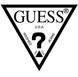 Новогодняя распродажа в Guess (напр. Кроссовки DUNK)