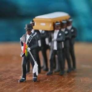 Фигурка 7 танцующих ганских гробовщиков